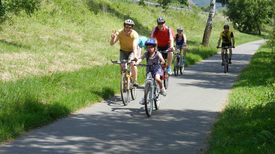 des cyclistes sur le ravel